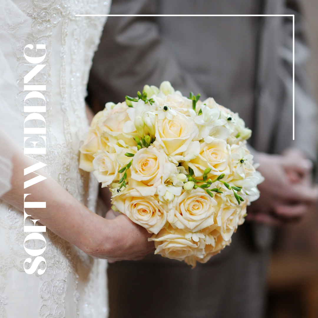 soft yellow roses wedding bouquet