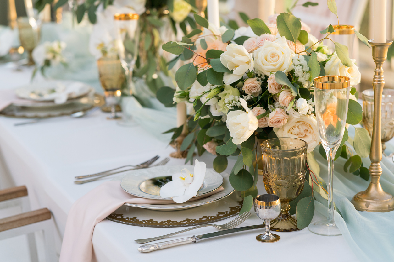 Table setting event